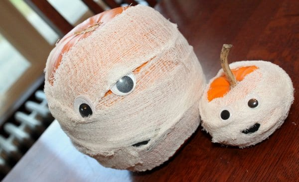 Big & Small Pumpkin Mummies