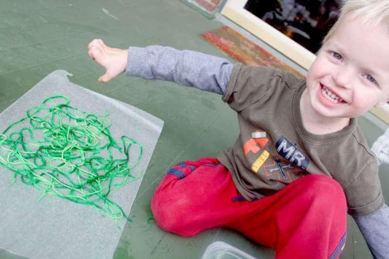 Spider-web-craft-for-kids