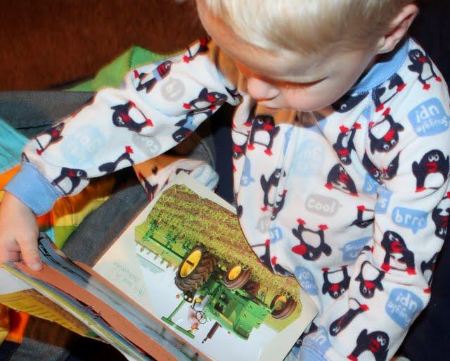 preschooler making a book
