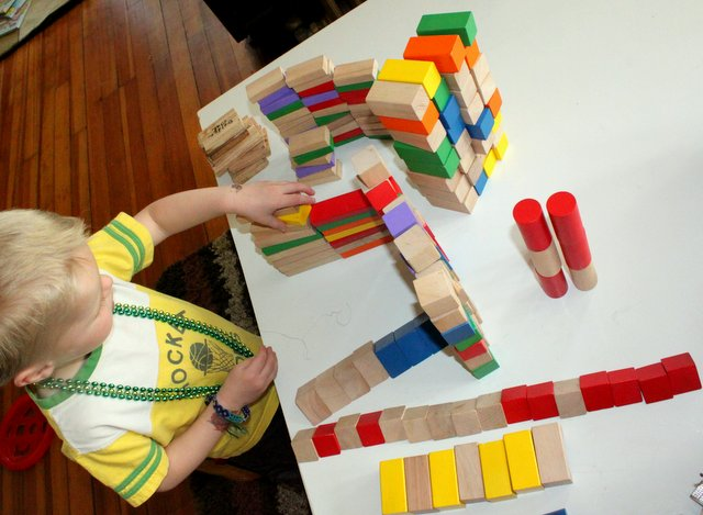 Using blocks to sort by shape