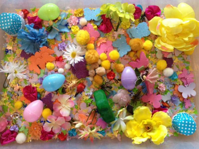 spring-and-easter-sensory-tub