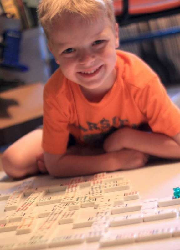 Fun Quiet Time Activity with Dominoes