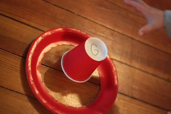 Paper cup & paper plate ring toss