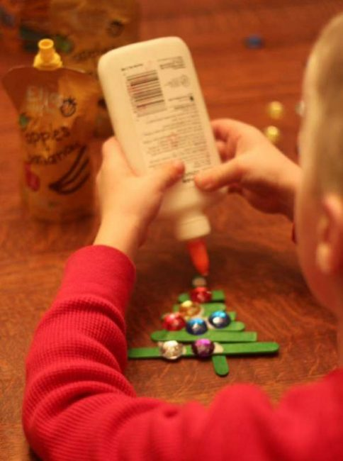 Decorating their Christmas tree ornaments