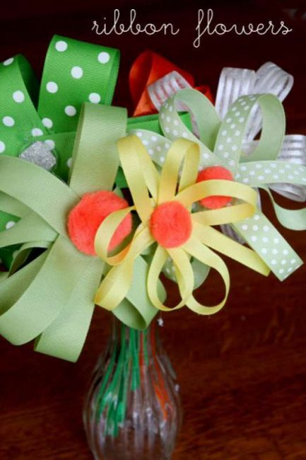 Homemade ribbon flower bouquet gift the kids can make