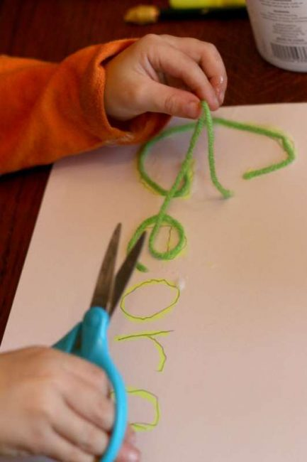 Name tracing with yarn
