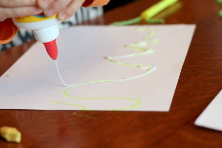 Tracing highlighter markers with glue