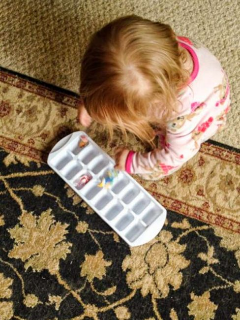 Examples of adapting a toddler activity for a preschooler