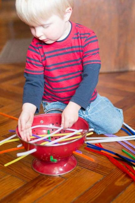 Push, thread, pull, and repeat! Louis had so much fun with this independent busy play activity!