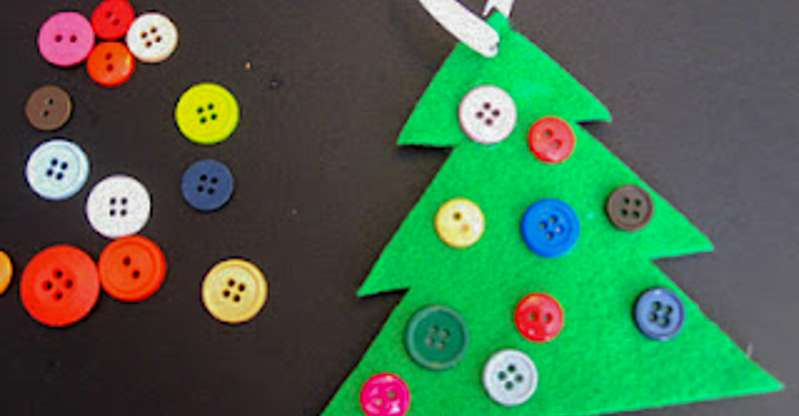We love crafting for the holidays as a family!