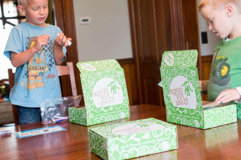 green kid crafts-20151030-10