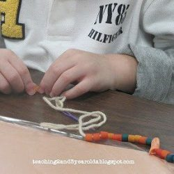 fine-motor-threading-activity-5