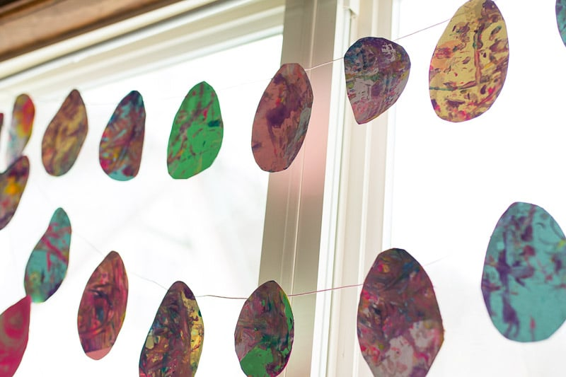 Shake Art by toddlers -- Easter egg art project for toddlers