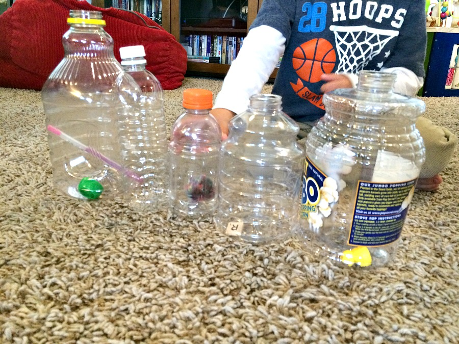 Comparing sounds of objects in each bottle
