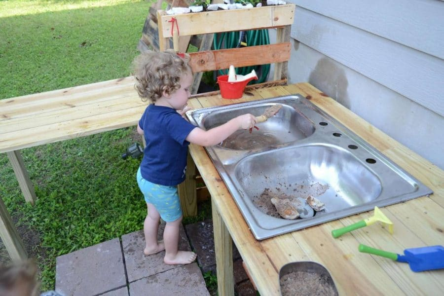 Diy Mud Kitchen In One Weekend Hands On As We Grow