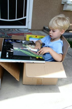Reading, cardboard box, upcycle