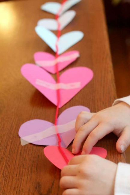 Make a heart garland for the window