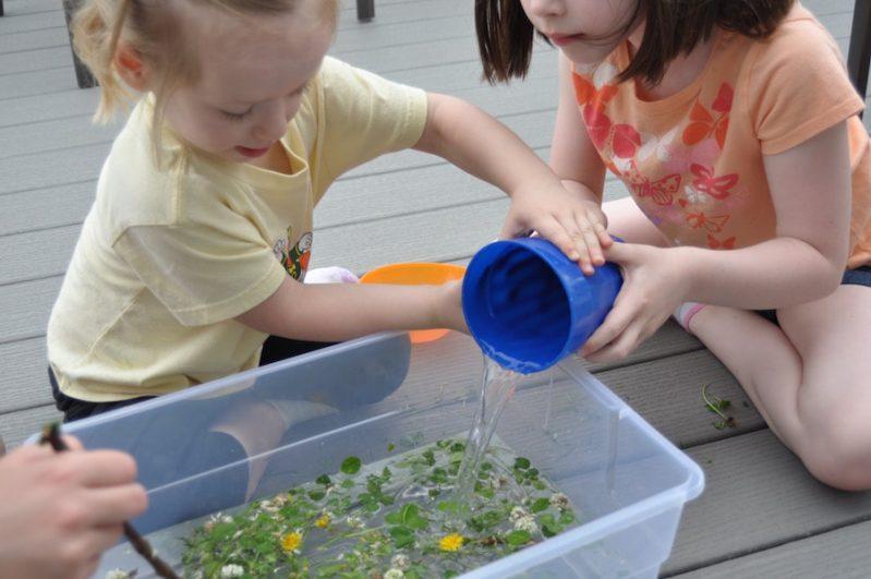 Nature Sensory Soup is a fun way to explore nature!