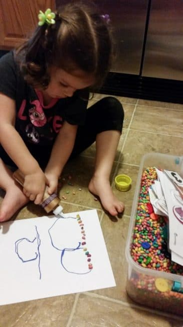 Learn the letter B with some beans and a little glue in this tactile activity.