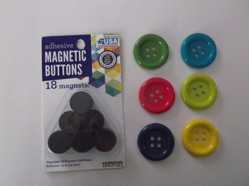 Make simple decorative magnets with buttons