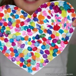 Use up broken crayons with this fun heart craft from Meaningful Mama
