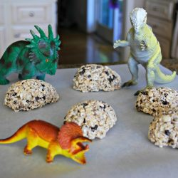 Dinosaur Egg Rice Krispie Treats- Mess For Less