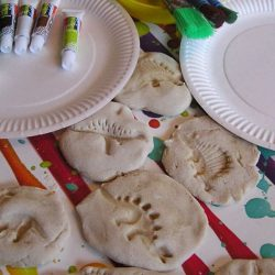 Easy Dinosaur Fossils- Rainy Day Mum