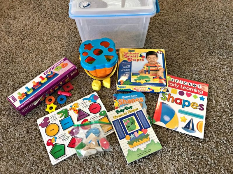 Build your own DIY busy bins for tons of independent play activities!