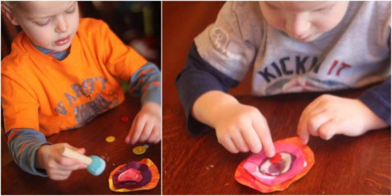 Make 3D flower cards in this Mother's Day craft for kids to make