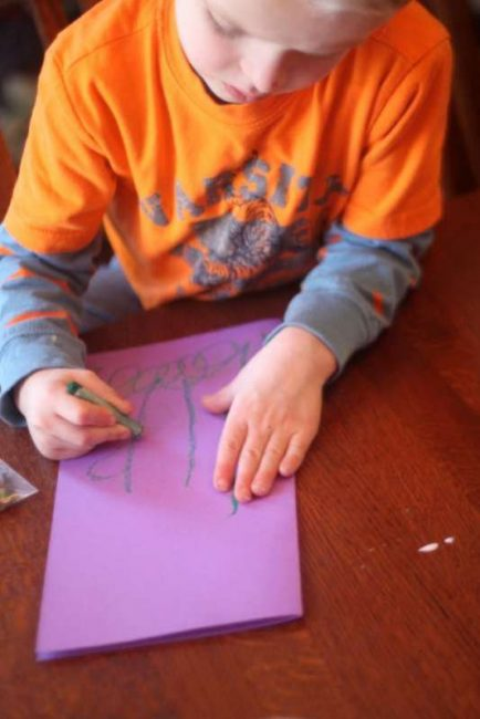 Create a DIY 3D flower card with a Mother's Day craft for kids to make