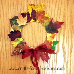 Leaf Wreath- Crafts For All Seasons