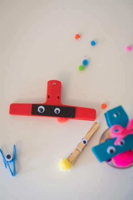 DIY monsters clips make practicing fine motor skills a snap! Join The Activity Room for even more kid-friendly activity ideas every day!