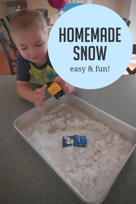 Make easy peasy homemade snow with a fun winter activity idea from our ROOM Member of the Month, Ashley!