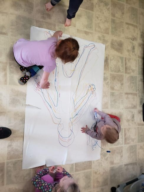 Rain or shine, body tracing is a fun activity for kids! Take it outside with sidewalk chalk or play inside with big pieces of paper.