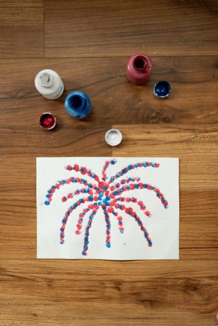 Make a creative art project for the Fourth of July with your kids!