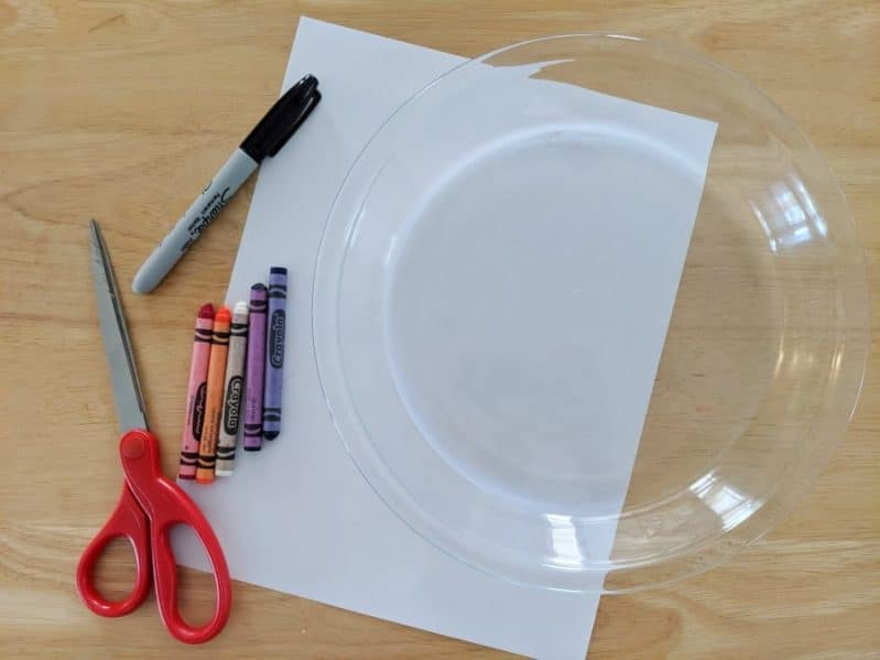 DIY a (100% safe!) fireworks show in your own home with a fun science experiment for kids!