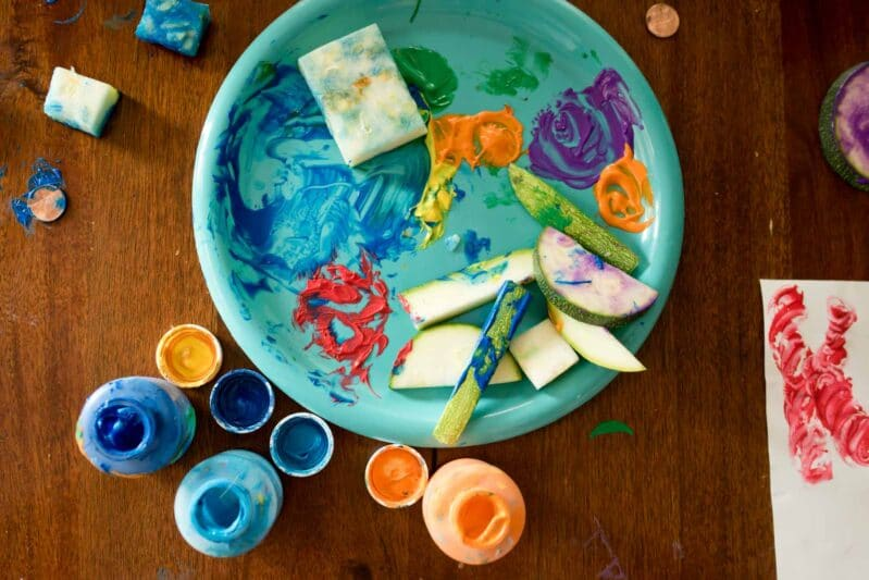 Your kids will love this messy fun art activity!