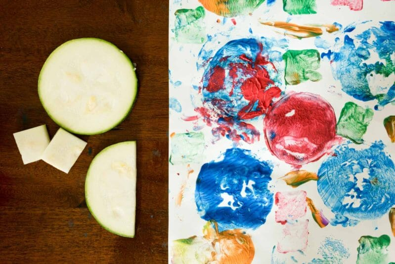 Try zucchini painting with your kids for an easy creative craft!