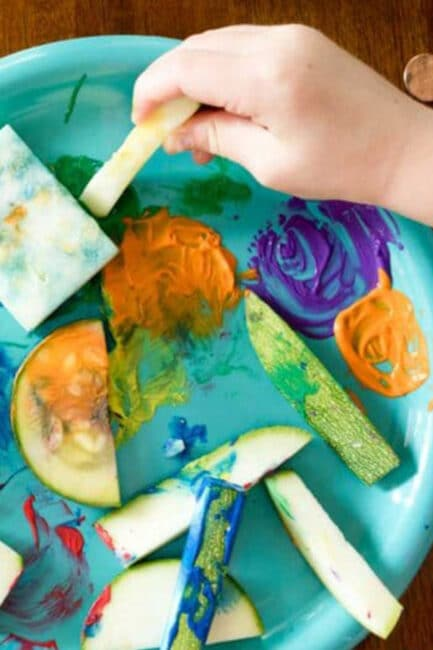 Get creative with an easy zucchini painting and stamping activity for kids!