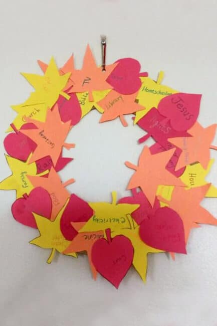 Make your own pretty thankful wreath to show your gratitude this Thanksgiving!