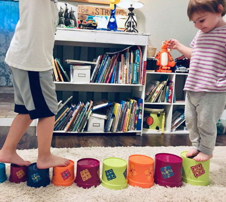 Get your kids moving indoors with these quick energy busters for indoor play!