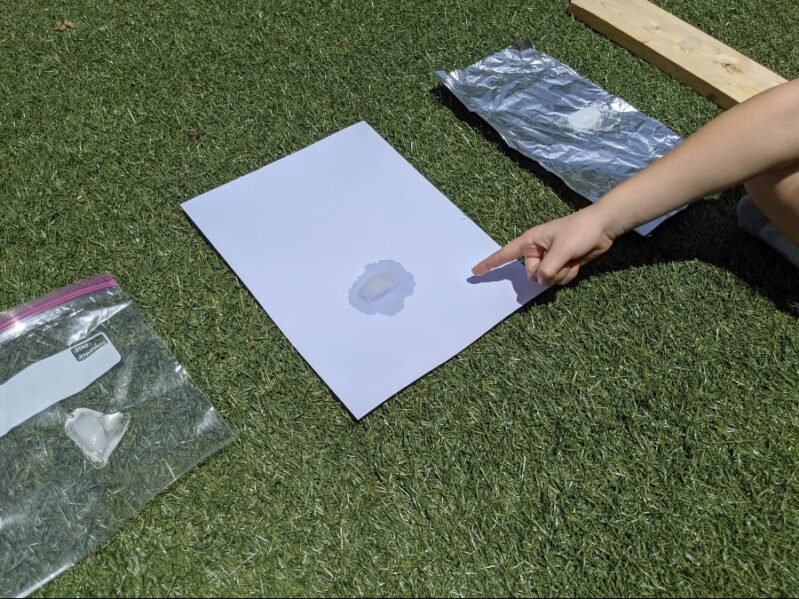 Outdoor Science experiment: what makes ice cubes melt faster