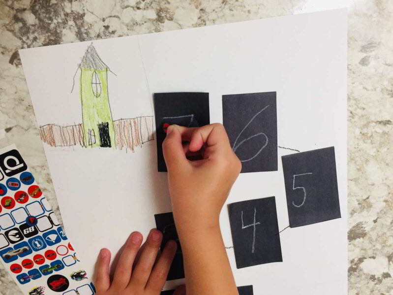 Get your kids excited about school with this cute back to school countdown art project! Count down the days to school in style!