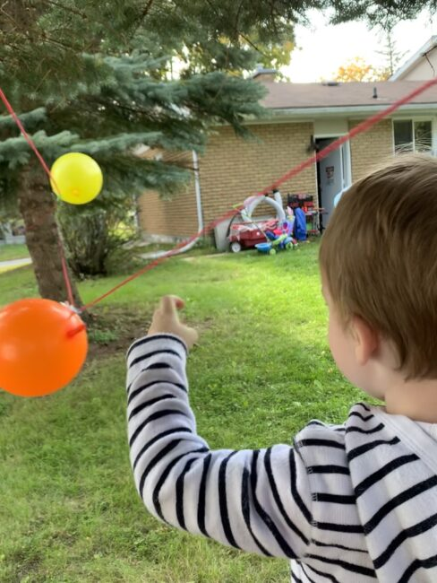 Balloon rocket science experiment for kids. super simple and fun.