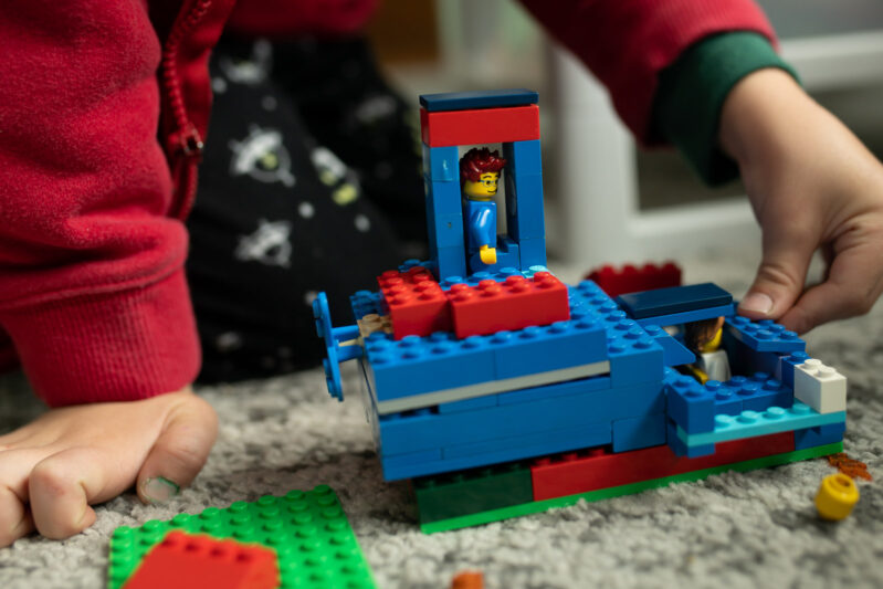 Super simple Christmas LEGO Masters challenge for kids to do at home.