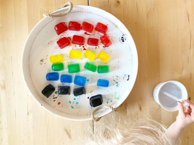 This rainbow ice sensory play is easy, low prep, and can keep your toddlers and preschoolers busy for quite some time while learning colors.