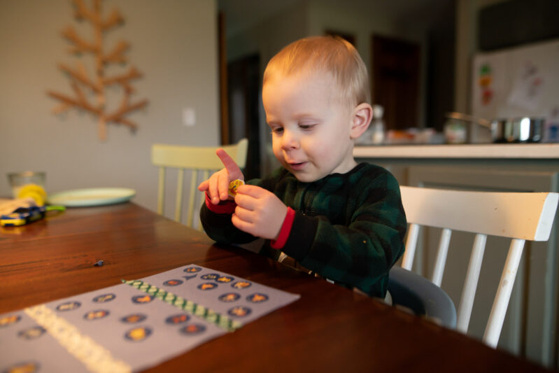 Simplest toddlers fine motor and tactile busy activity yet with stickers and tape sticking. Easily modify to teach colors or just have fun!