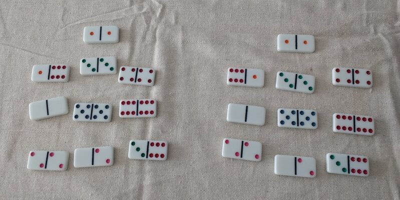 Matching numbers to play Memory activity with dominoes