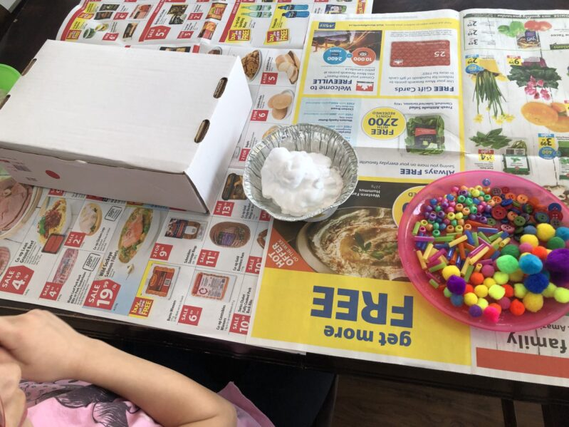 Make your own birthday cakes with shaving cream, food coloring, craft bits and a box! This sensory activity is a perfect activity for a little messy pretend play at home.