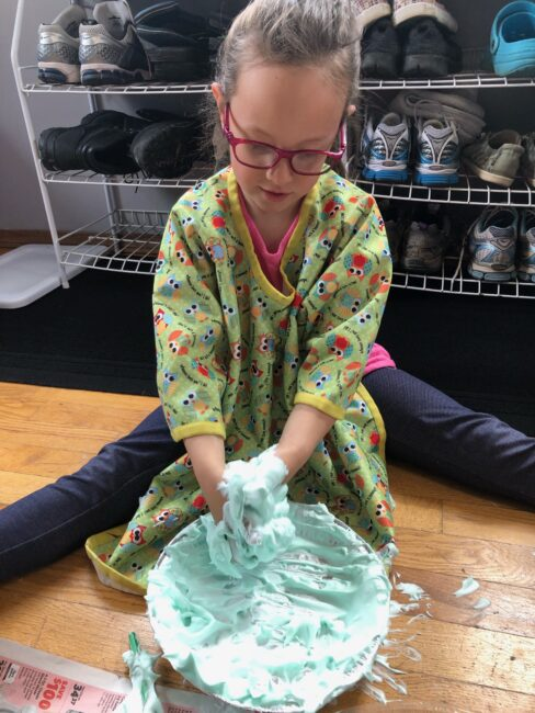A super quick and easy sensory shaving cream box cake for toddlers and preschoolers to get a little messy and creative using household supplies.